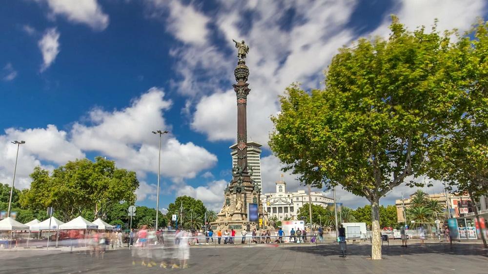 میدان کریستف کلمب بارسلونا