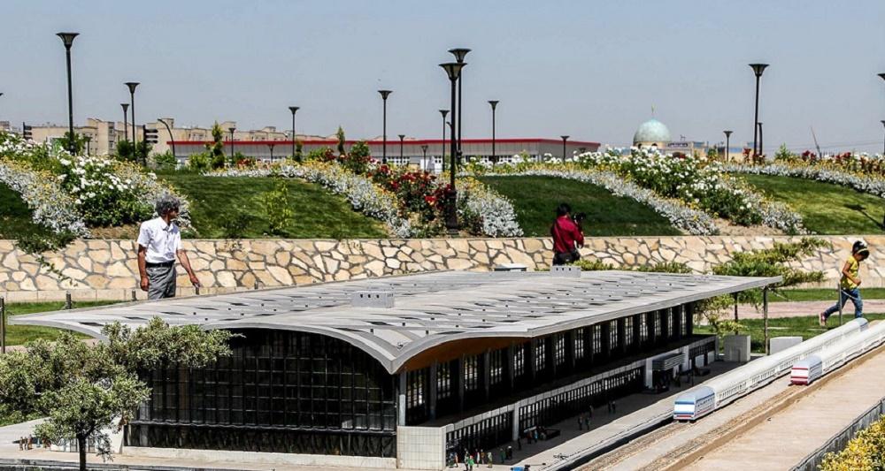 از جمله امکانات این بوستان مشهد
