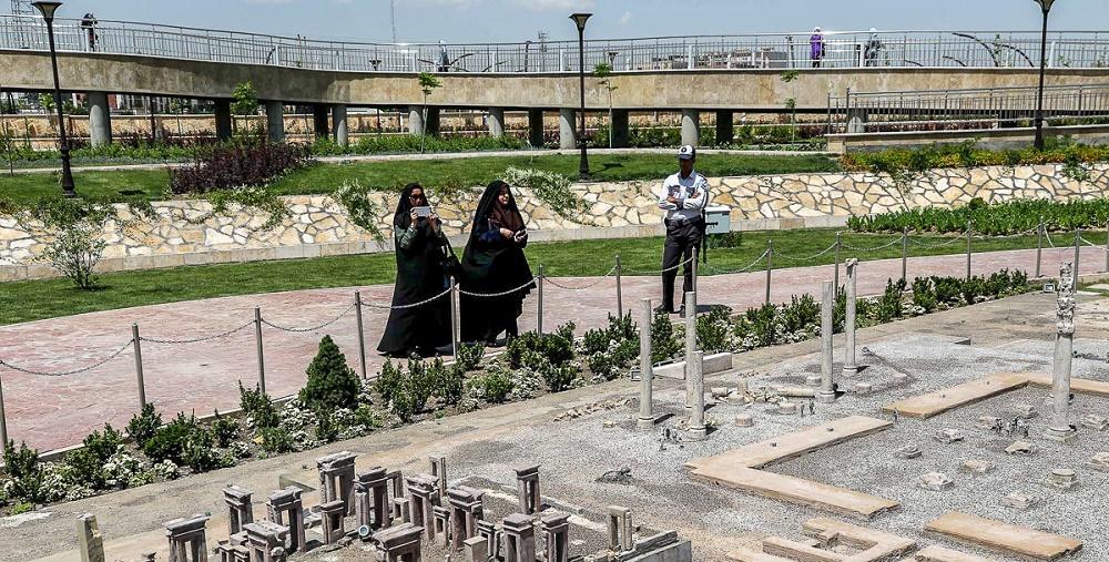 بوستان مینیاتوری ایران در مشهد