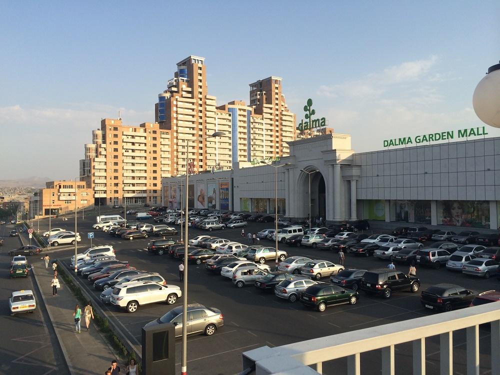 مرکز خرید دالما گاردن مال ایروان