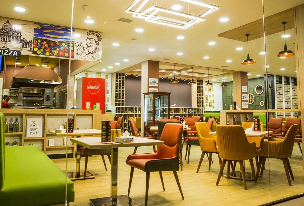 رستوران ها و کافه های این مرکز تجاری