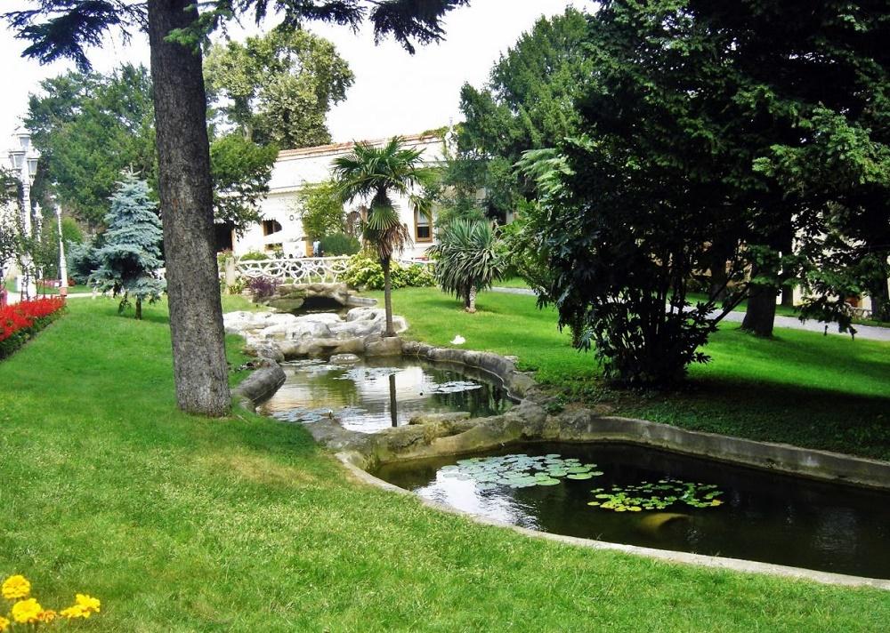 پیک نیک در پارک سلطنتی ییلدیز استانبول