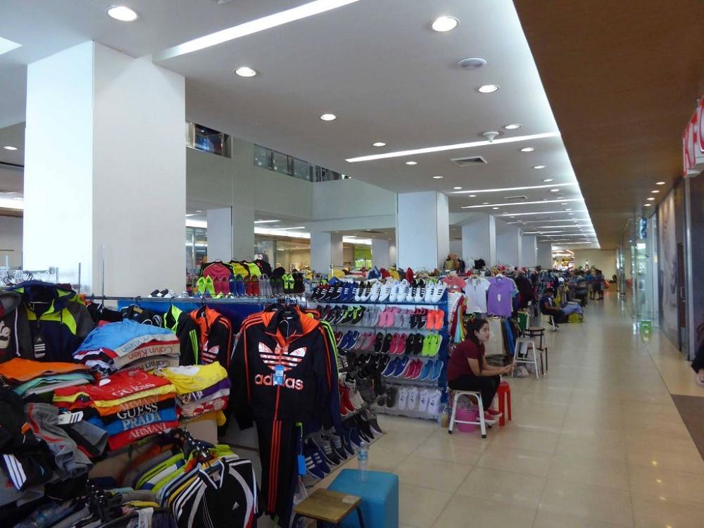 فروشگاه ها و مغازه های مرکز خرید مایک پاتایا