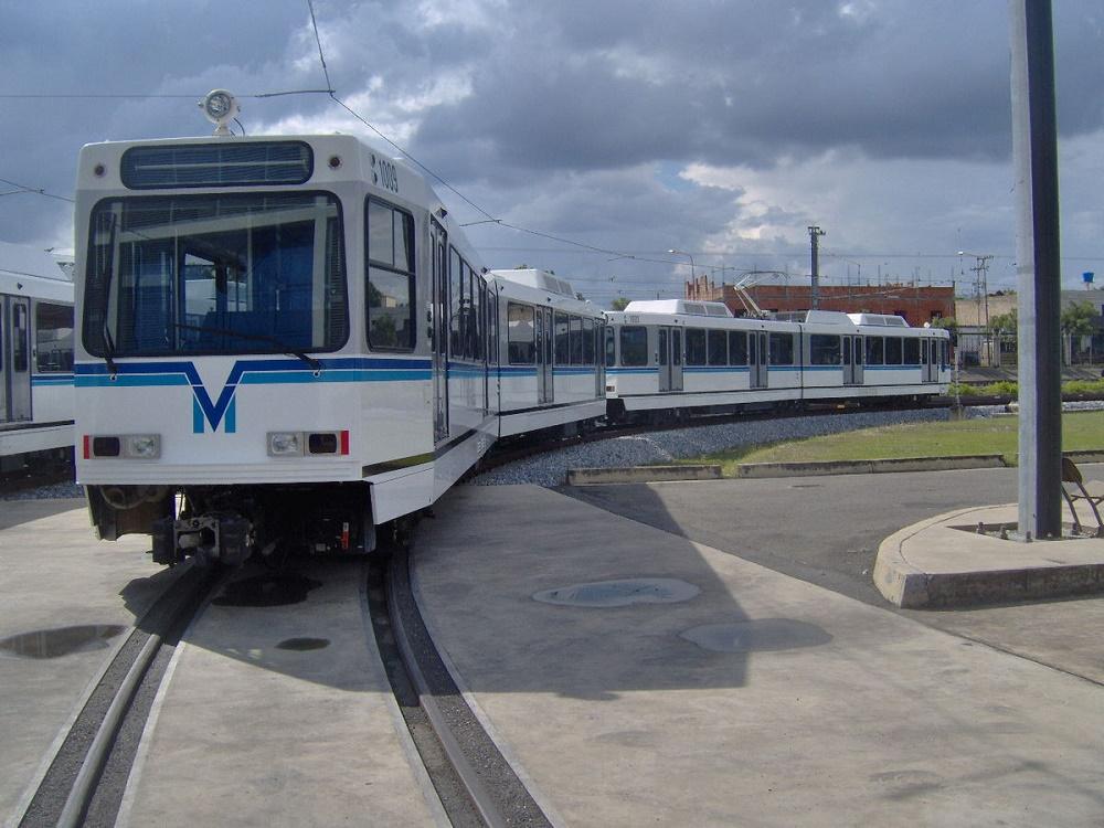حمل و نقل عمومی والنسیا