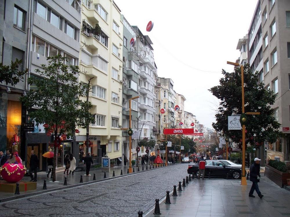 خیابان عبدی ایپکسی استانبول