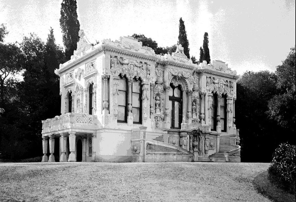 تاریخچه عمارت ایحلامور استانبول