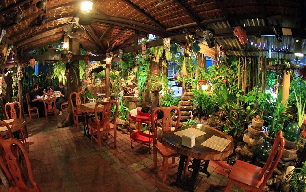 رستوران تاماچارت در پوكت
