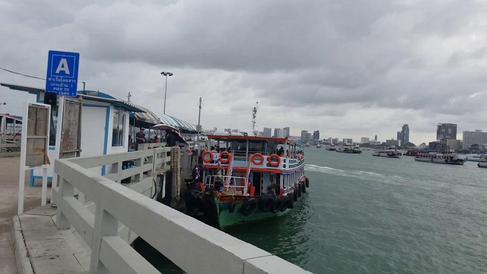 کرایه قایق در اسکله بالی های پاتایا