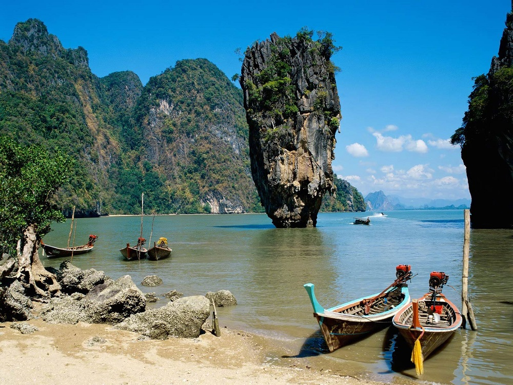 جزیره جیمز باند در خلیج فانگ نگا پوکت