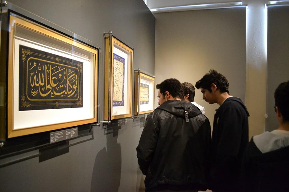مقبره شیخ گالیب دد در موزه ادبیات دیوان