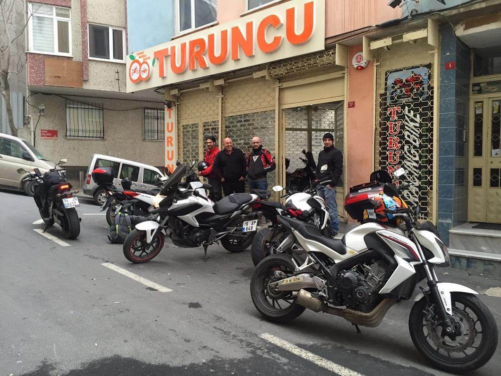 مراکز کرایه موتورسیکلت در کدام مناطق استانبول قرار دارند؟