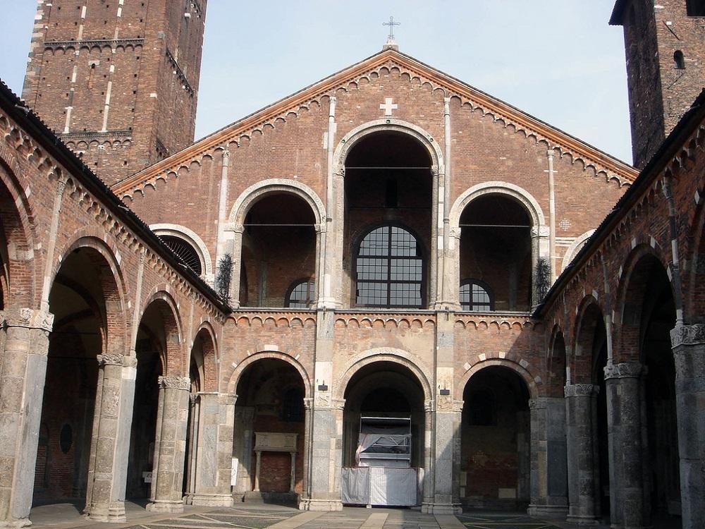تاریخچه کلیسا آمبروز مقدس میلان