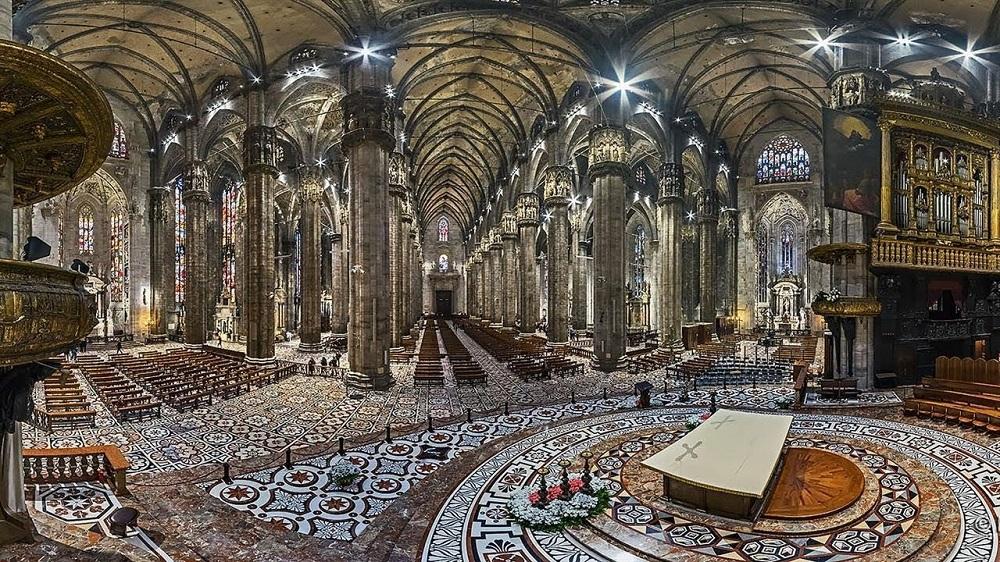 معماری کلیسای جامع میلان