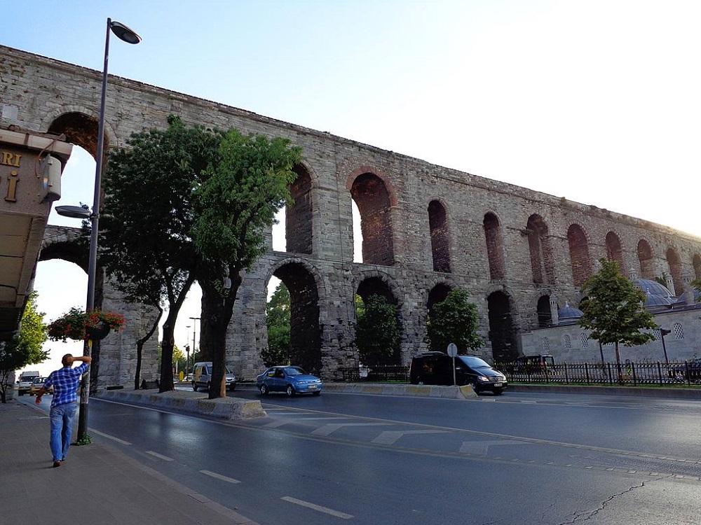ساختار کانال آب والنس در استانبول