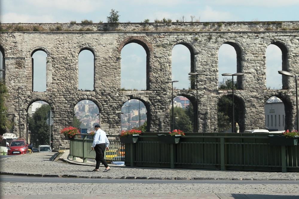 کانال آب والنس در استانبول