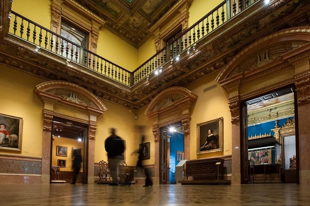 تاریخچه موزه لازارو گالدیانو