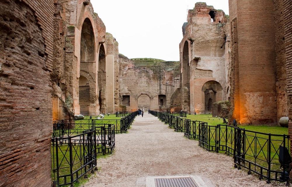 سه حمام اصلی کاراکالا در رم