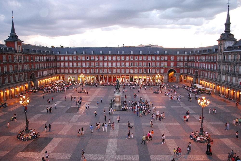 میدان شهرداری مادرید