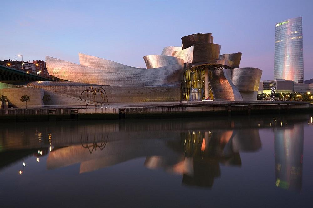 موزه گونگهایم بیلبائو در اسپانیا