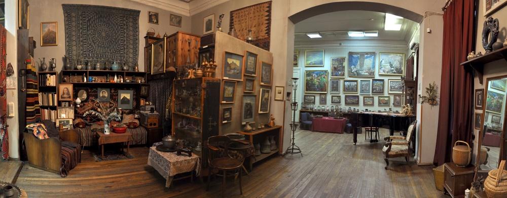 خانه موزه الن آخولدیانی در تفلیس