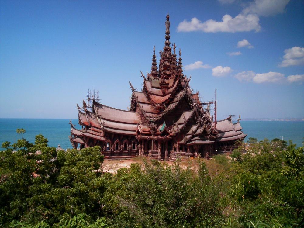 معماری معبد پناهگاه حقیقت