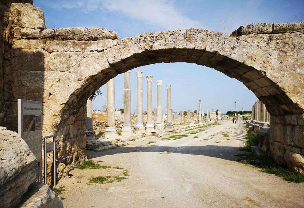 بقایای شهر باستانی پامفیلیا